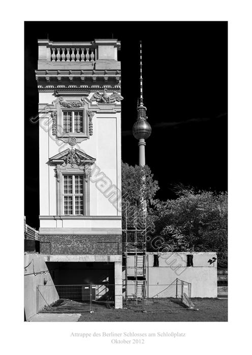 Schlossattrappe auf dem Schlossplatz, 10-2012